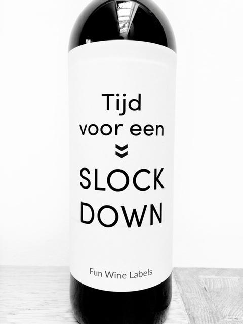 wijnetiket slock down, leuk voor in een thuiswerk borrelpakket